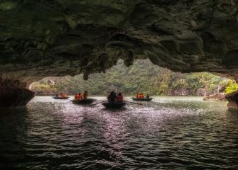 výlet na kajacích Halong